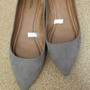 Merona Faux Suede Pointed Toe Flats Sz 10